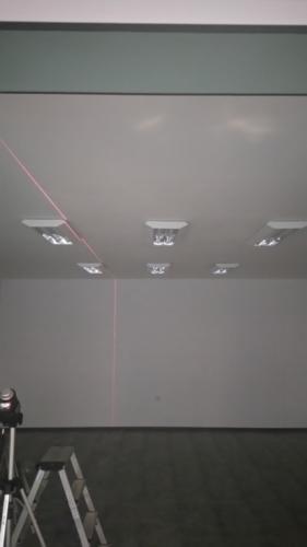 Монтаж осветителни тела с лазерен нивел